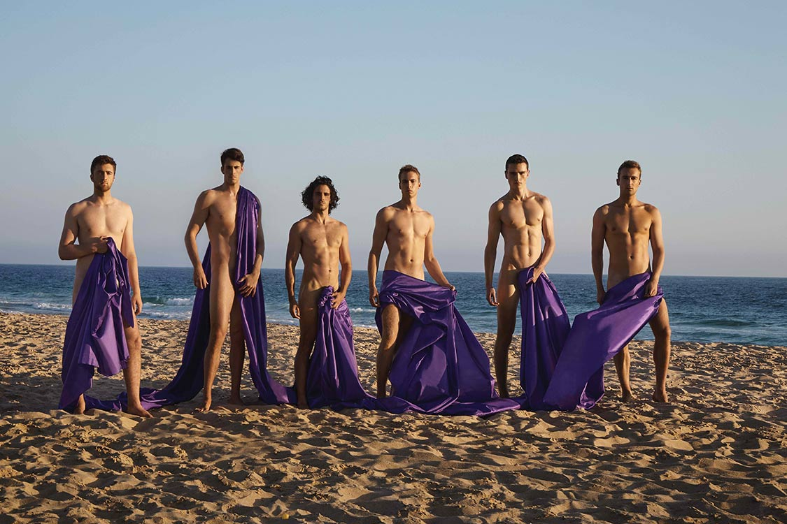 Student Rowers Get Naked for A Good Cause