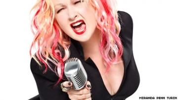 Cyndi Lauper and the Divas Play On