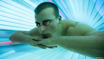 Health Clubs Still Using Tanning To Attract Members
