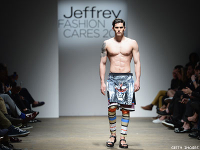 WATCH: Hot Semi Nude Male Models, Fashionistas, and LGBT Leaders Raised Money For HIV
