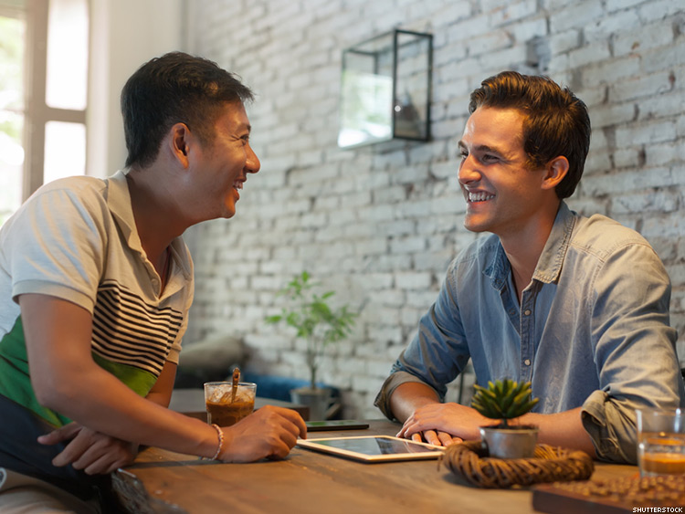 5 Ways to Disclose Your Status on a First Date
